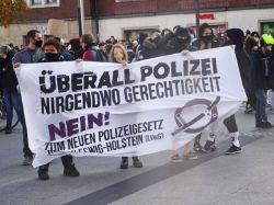 Nein-zum-neuen-Polizeigesetz-web